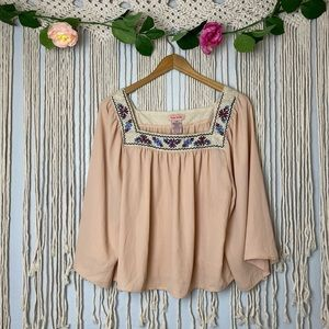 Flying Tomato Crochet Lace Top